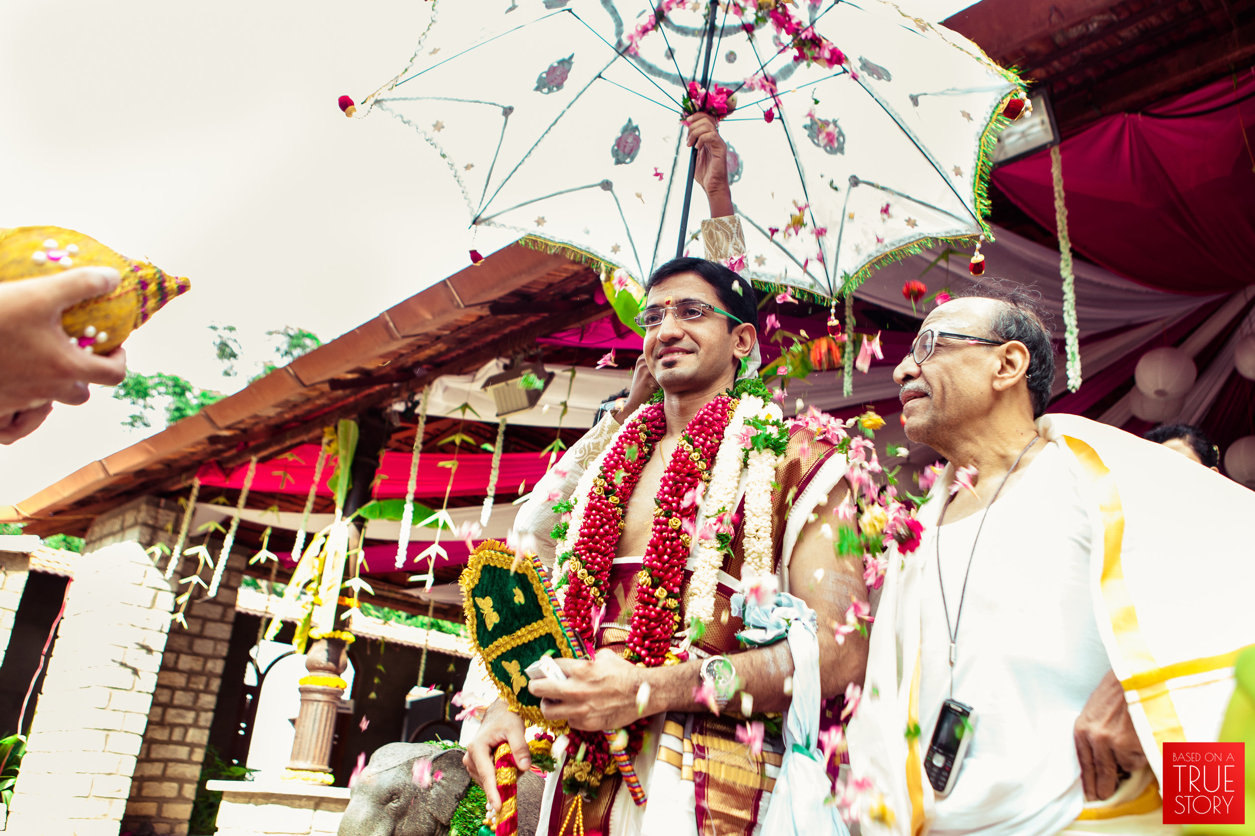 candid wedding photographers in bangalore-0019.jpg