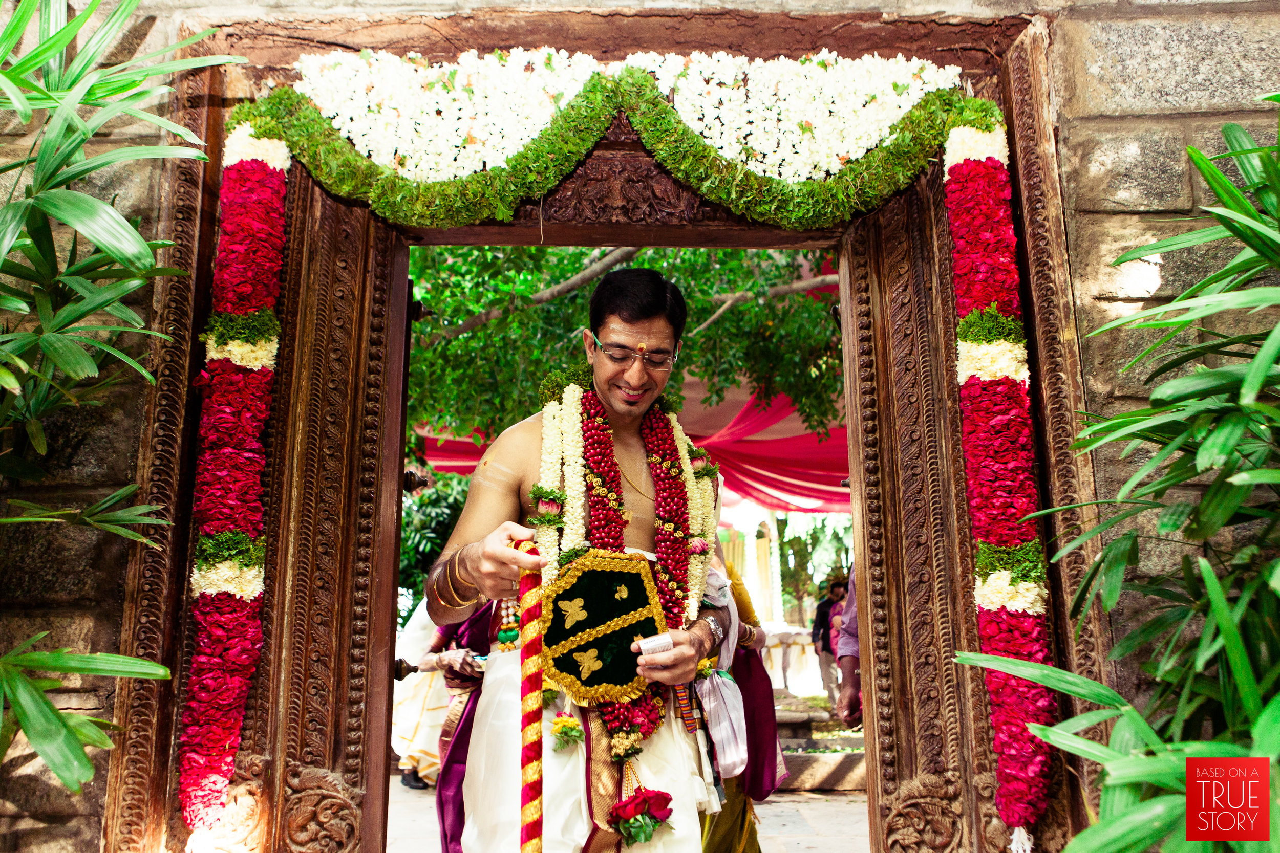 candid wedding photographers in bangalore-0018.jpg