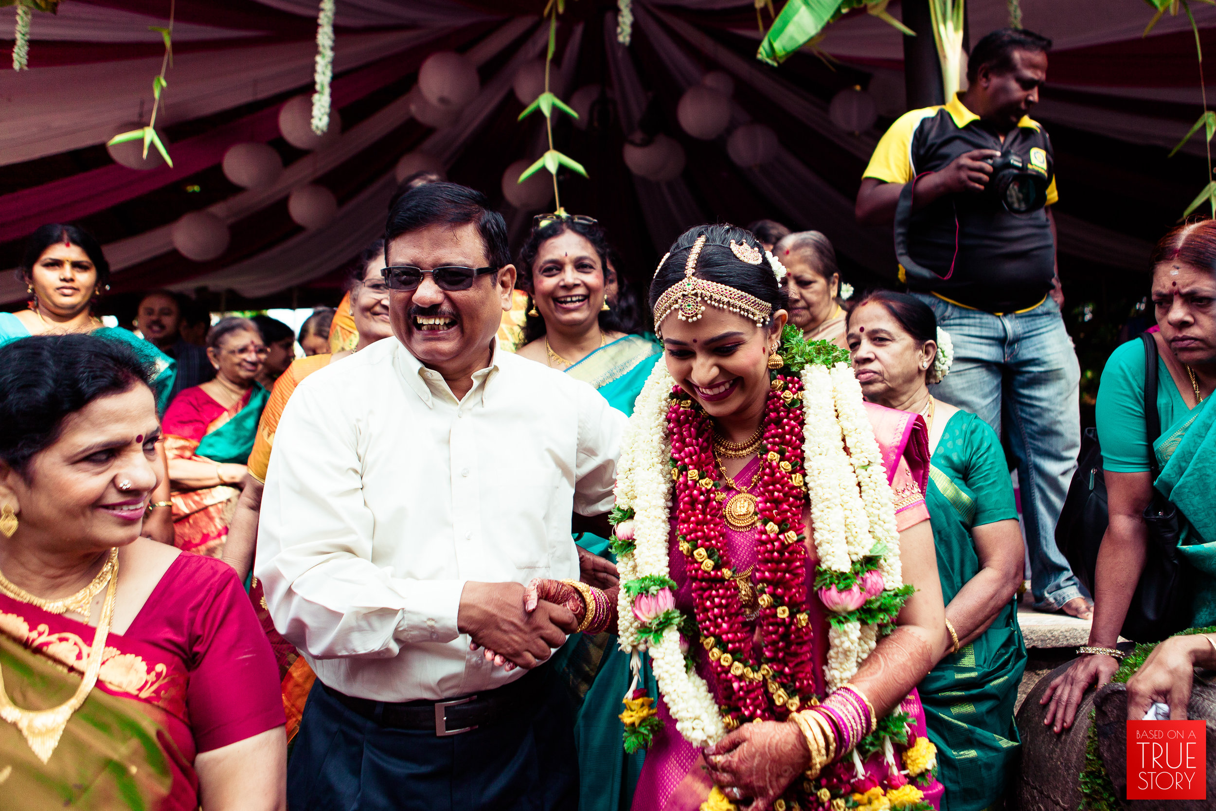 candid wedding photographers in bangalore-0020.jpg