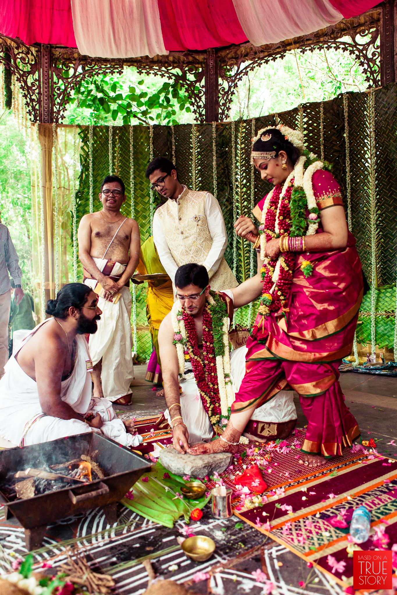 candid wedding photographers in bangalore-0032.jpg