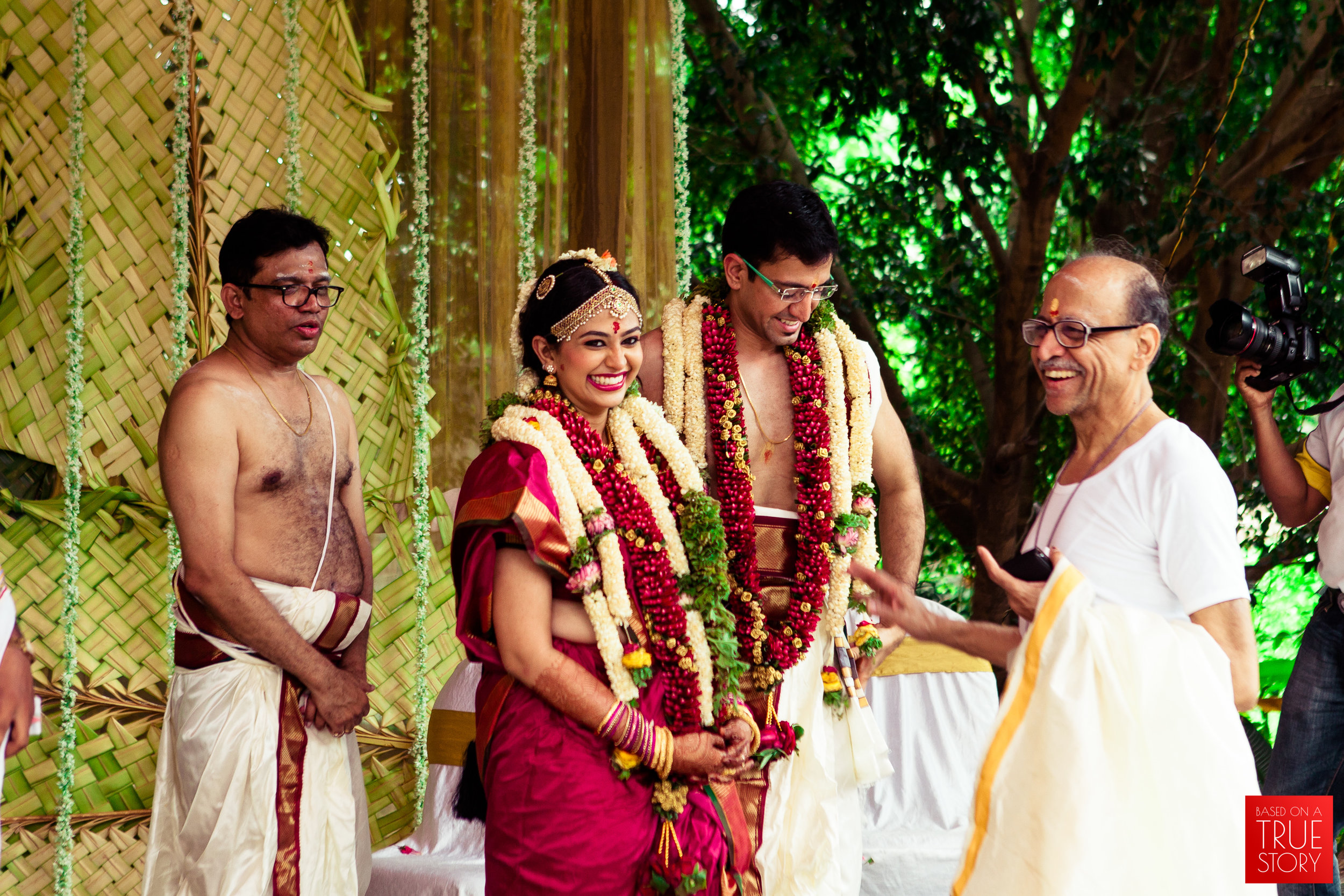 candid wedding photographers in bangalore-0035.jpg