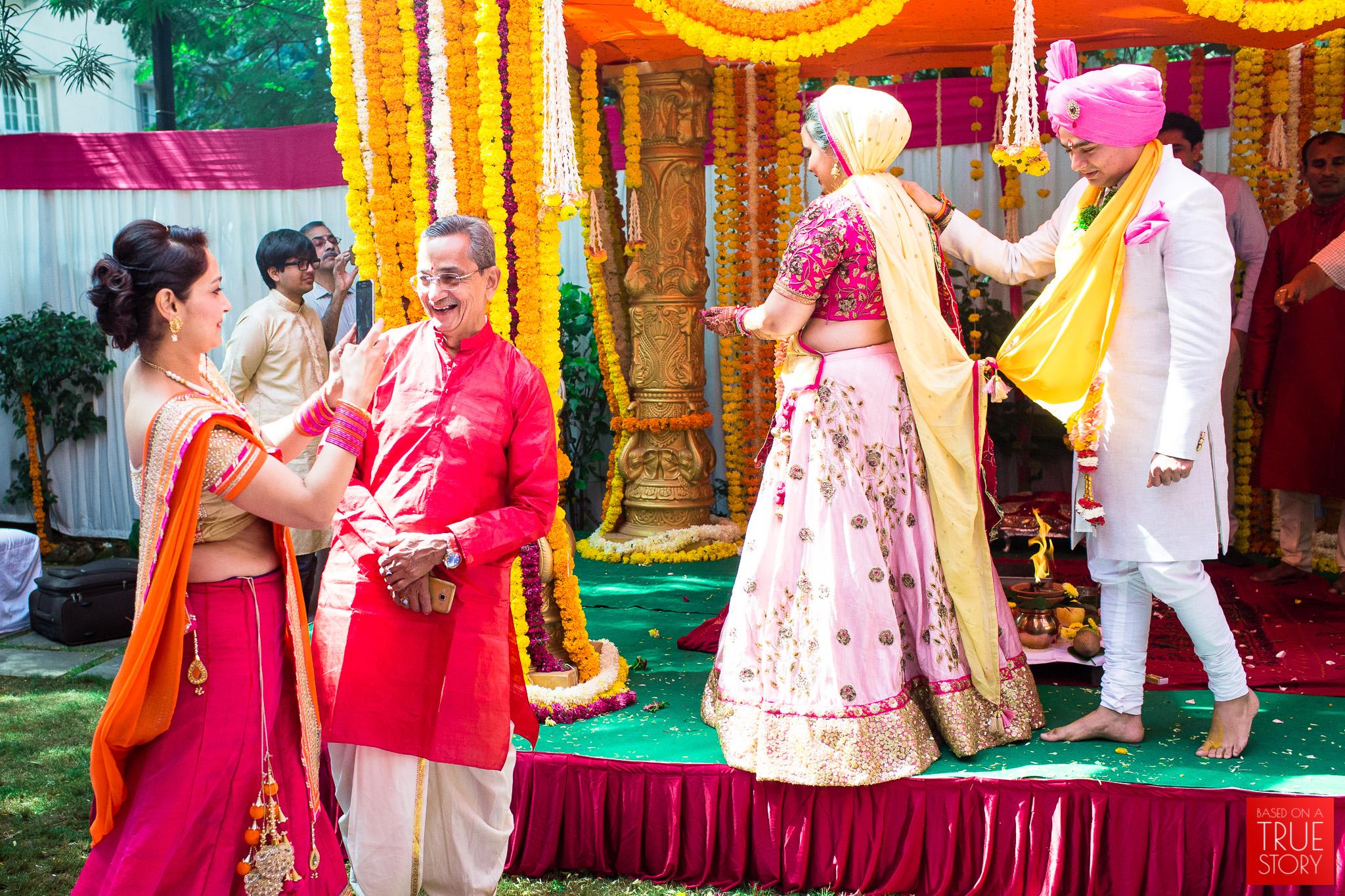 candid-wedding-photography-hyderabad-0049.jpg