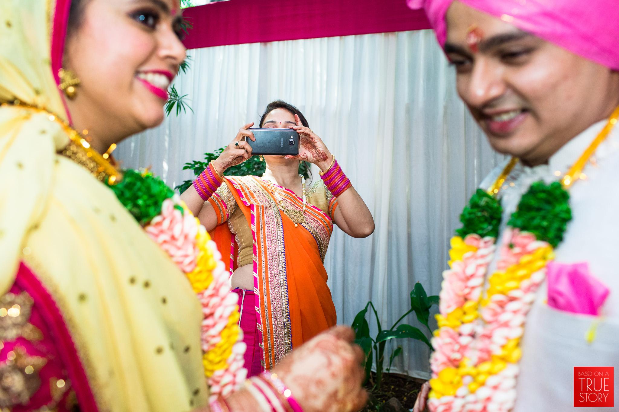 candid-wedding-photography-hyderabad-0061.jpg