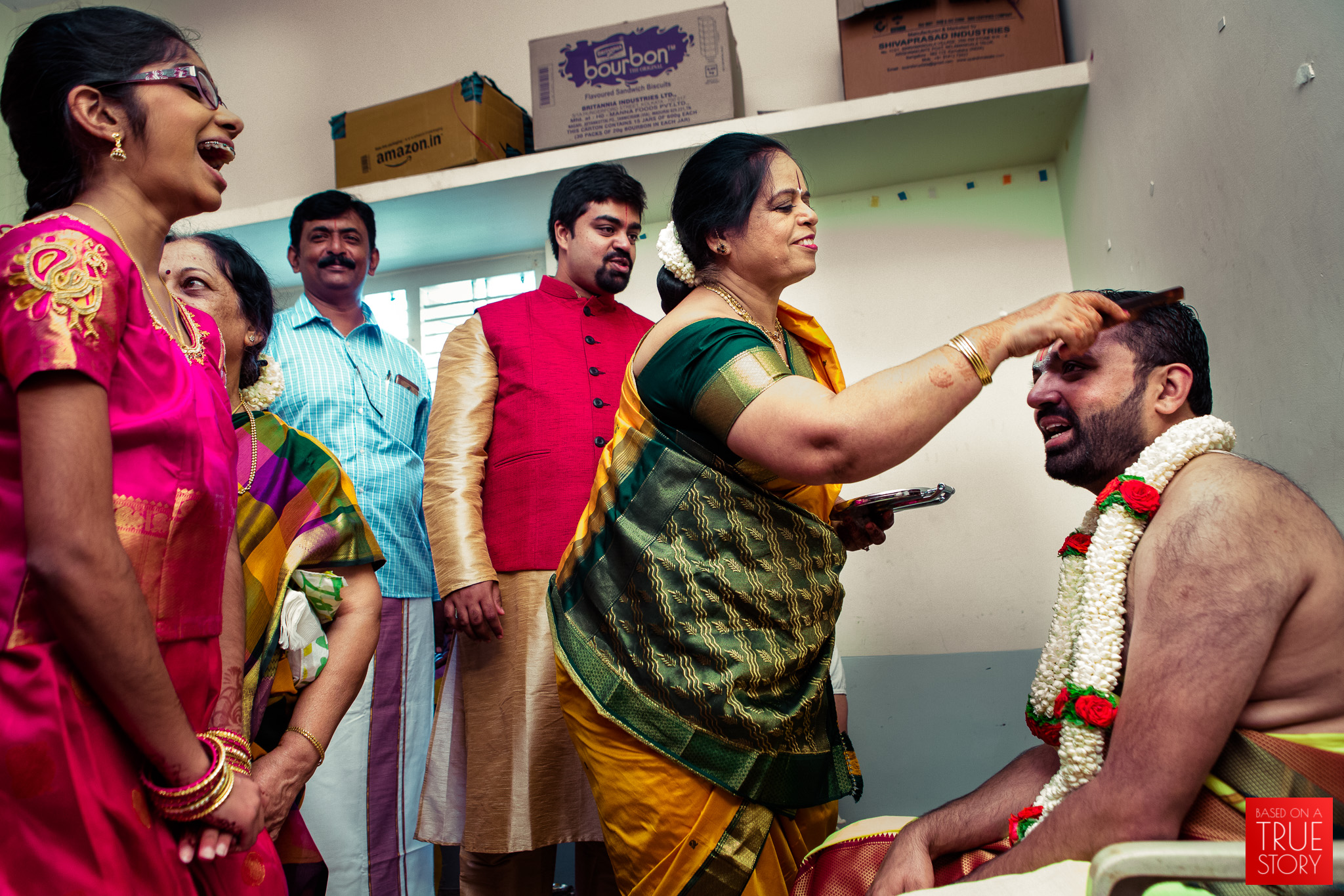 tambrahm-candid-wedding-photographer-bangalore-0011.jpg