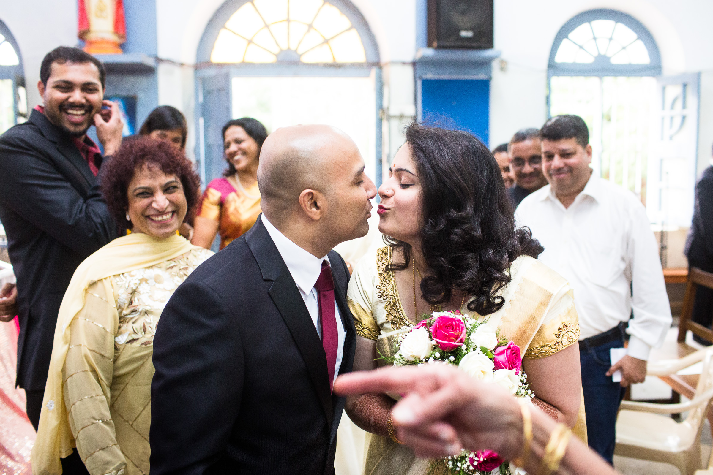 best-candid-wedding-photographer-bangalore-0025.jpg