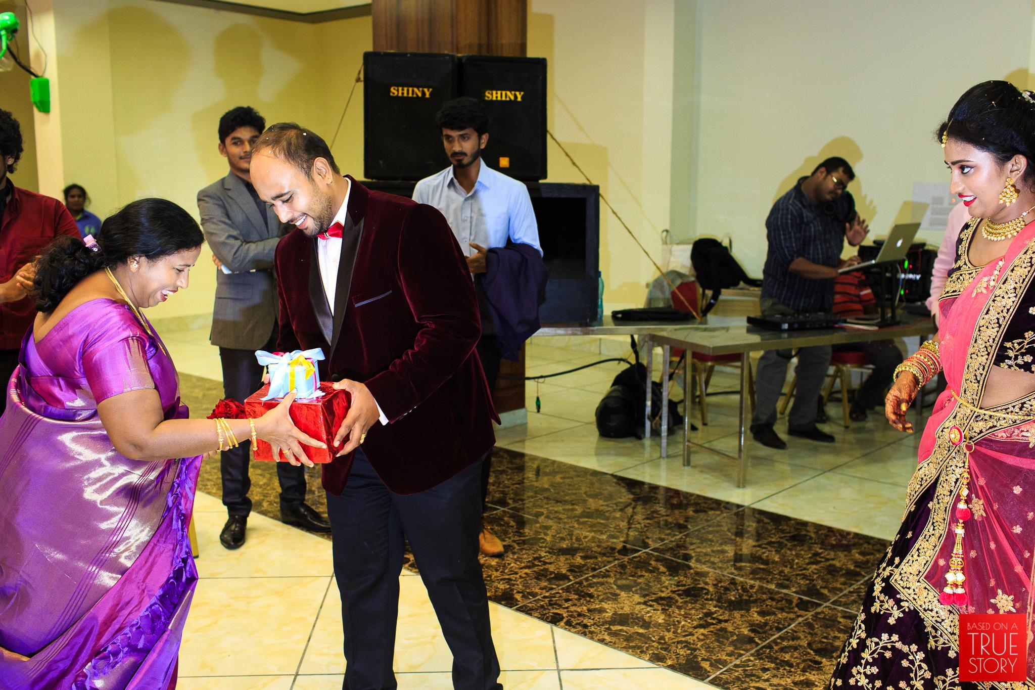 Tamil-Candid-Wedding-Photography-0047.jpg