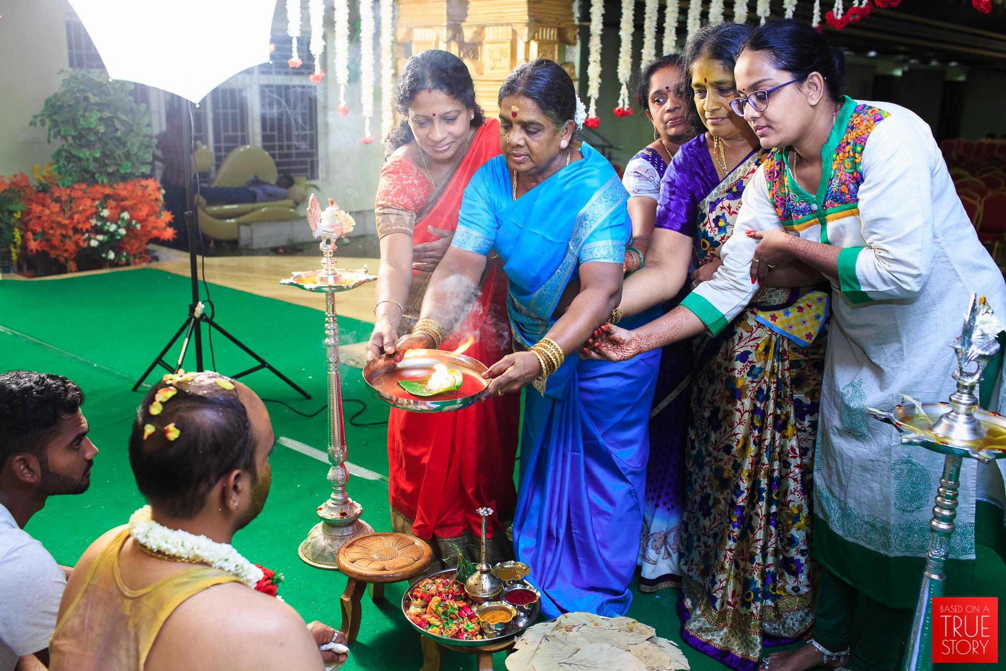Tamil-Candid-Wedding-Photography-0056.jpg