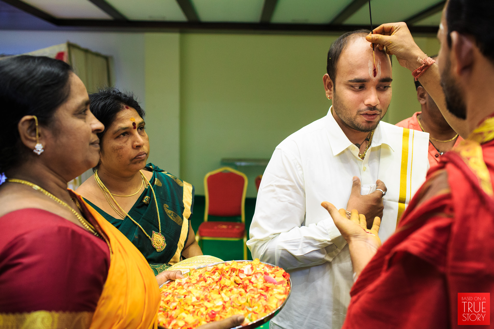 Tamil-Candid-Wedding-Photography-0061.jpg
