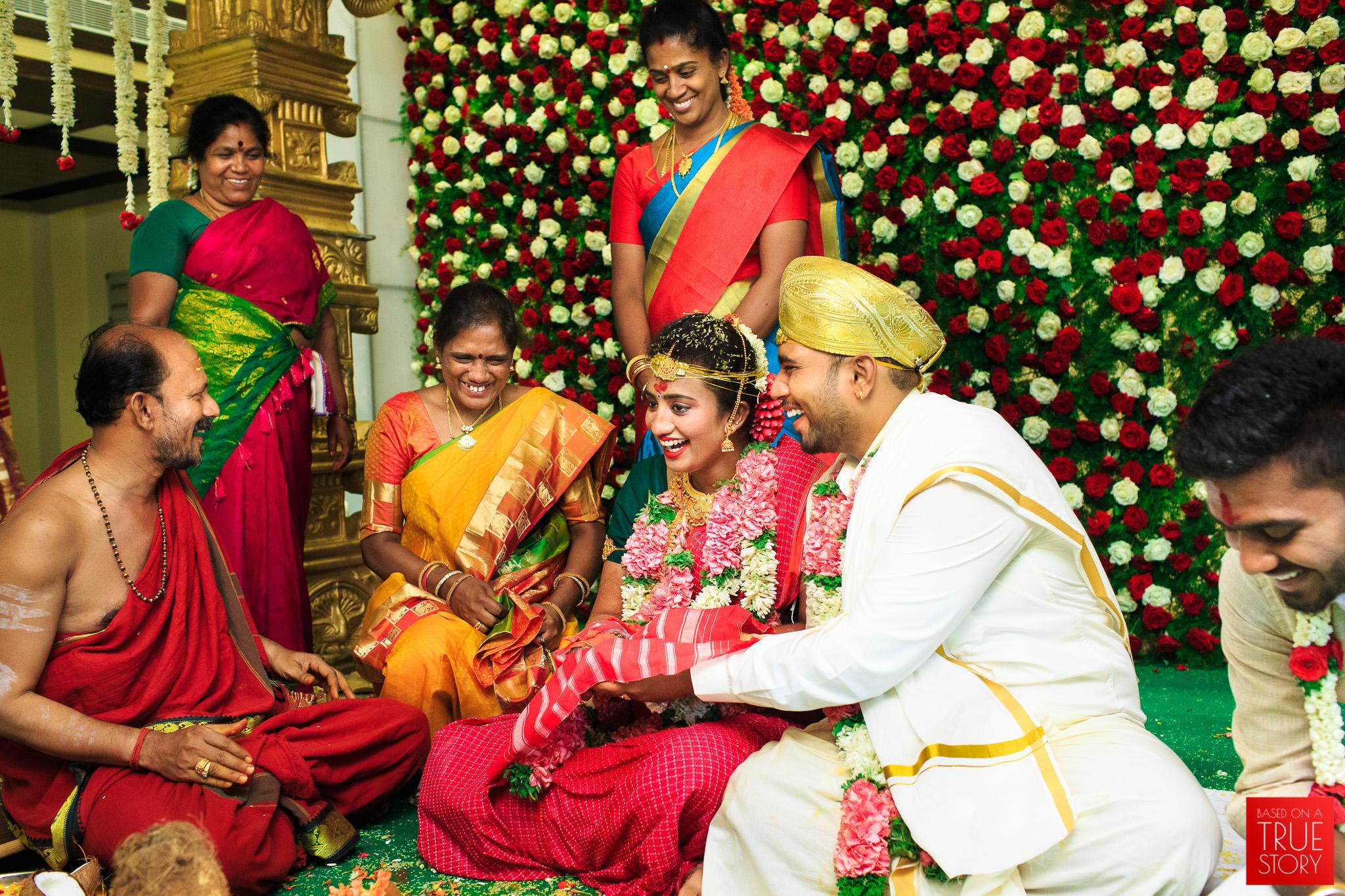 Tamil-Candid-Wedding-Photography-0096.jpg