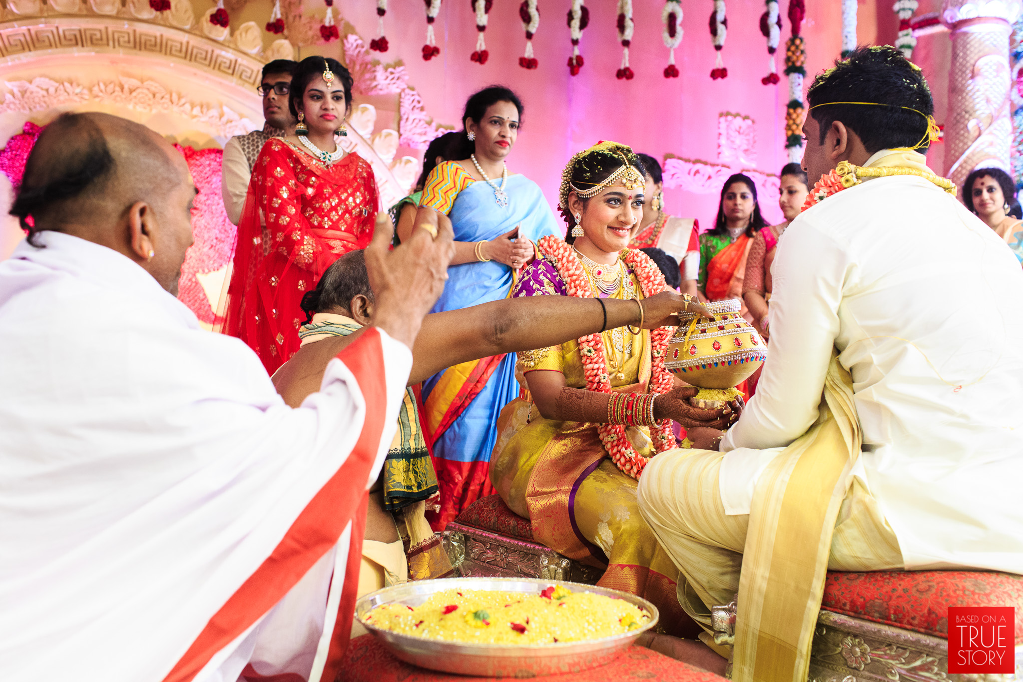 Candid-Wedding-Photography-Hyderabad-0077.jpg