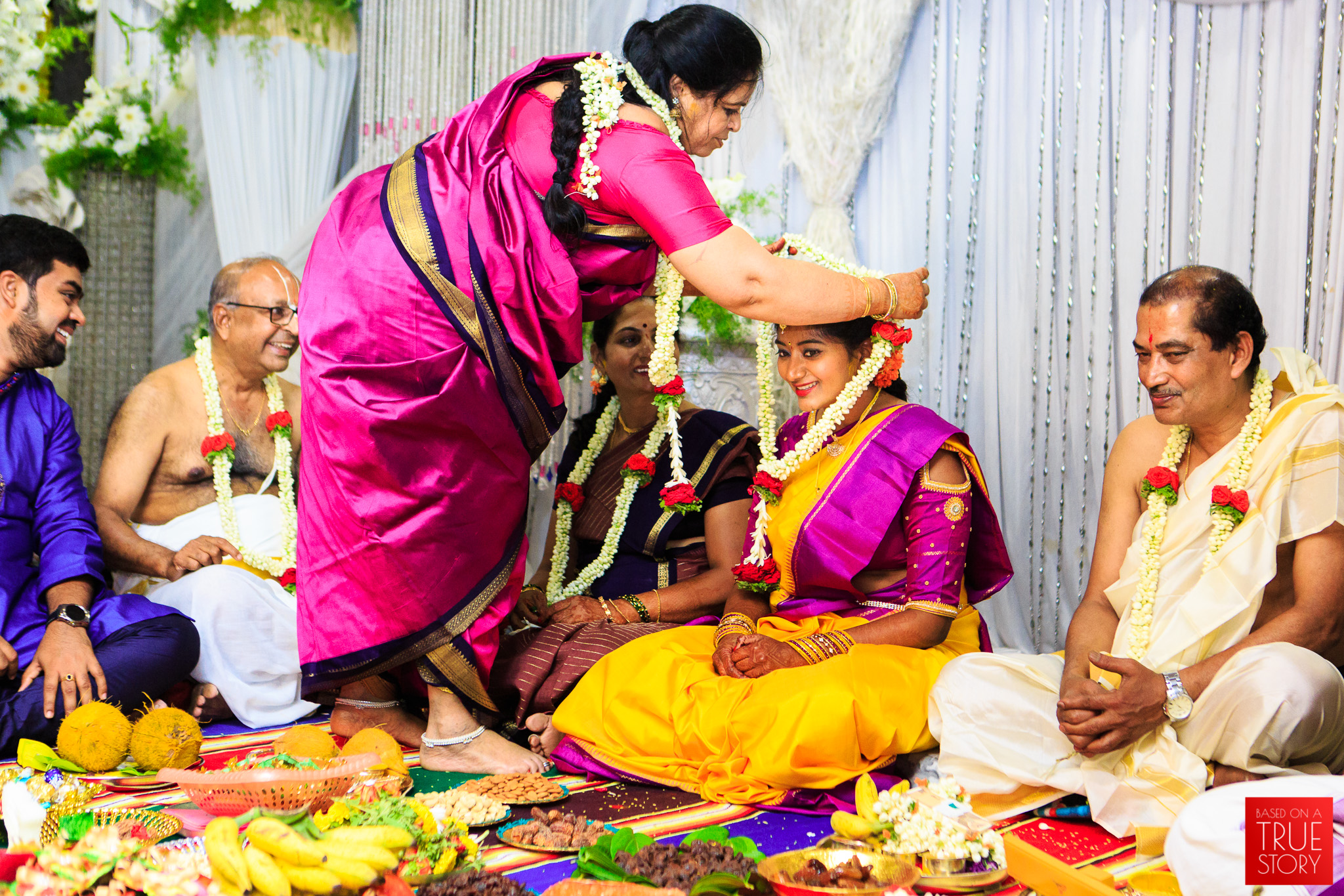 Tambrahm-Candid-Wedding-Photographers-Bangalore-0018.jpg