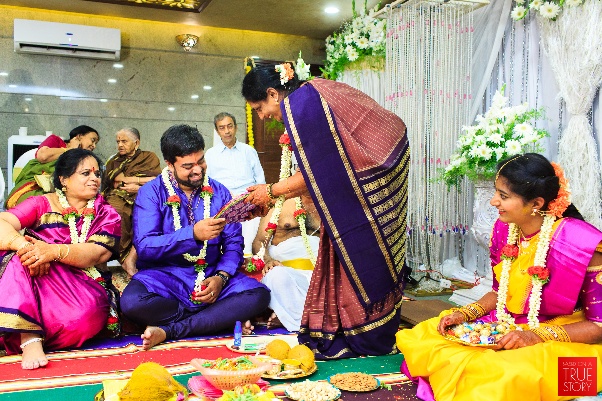 Tambrahm-Candid-Wedding-Photographers-Bangalore-0019.jpg