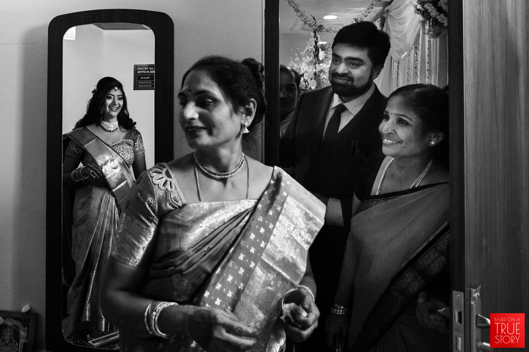 Tambrahm-Candid-Wedding-Photographers-Bangalore-0029.jpg