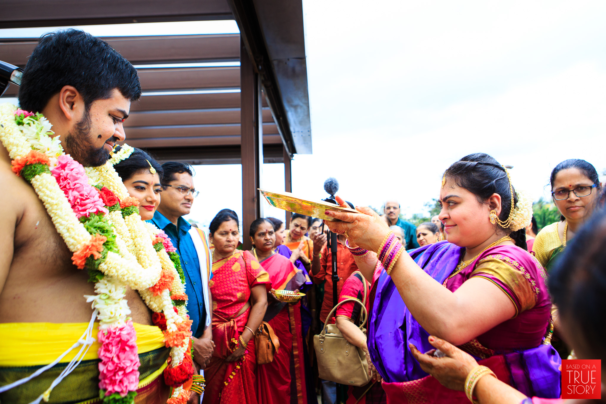 Tambrahm-Candid-Wedding-Photographers-Bangalore-0054.jpg