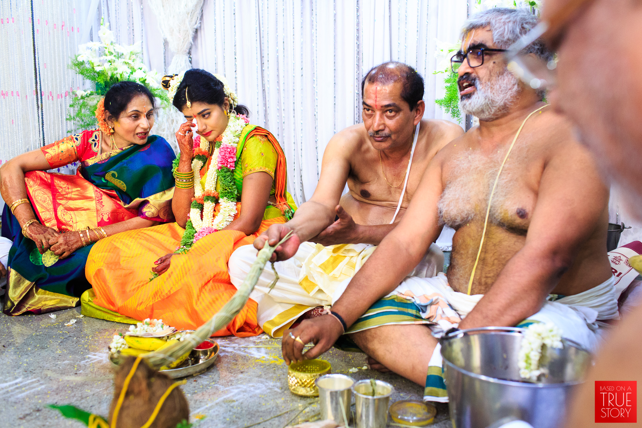 Tambrahm-Candid-Wedding-Photographers-Bangalore-0060.jpg
