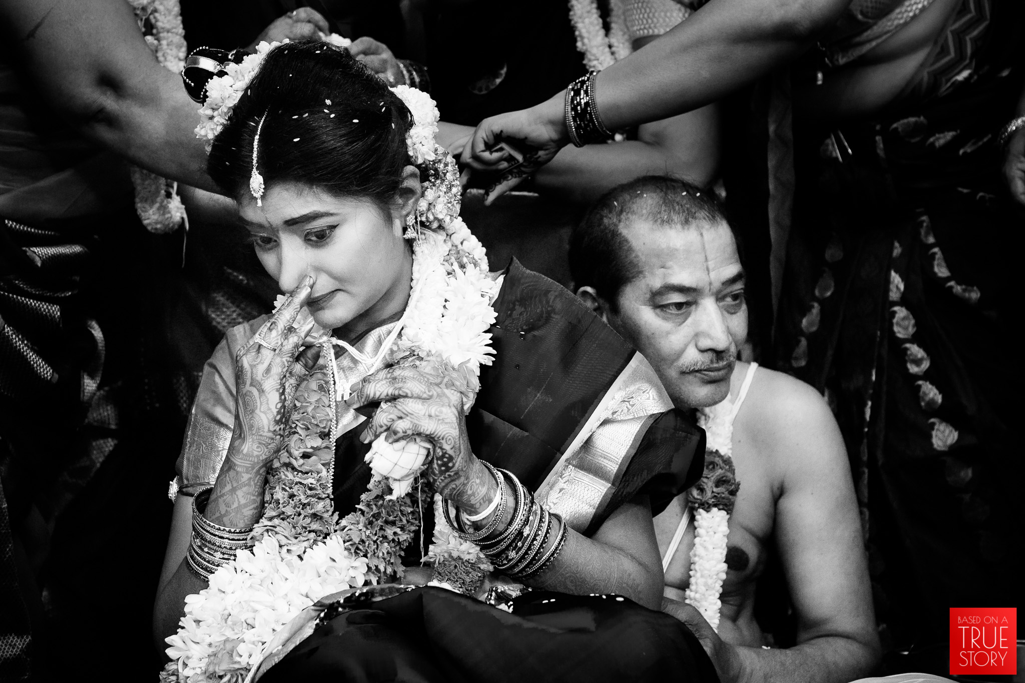 Tambrahm-Candid-Wedding-Photographers-Bangalore-0079.jpg
