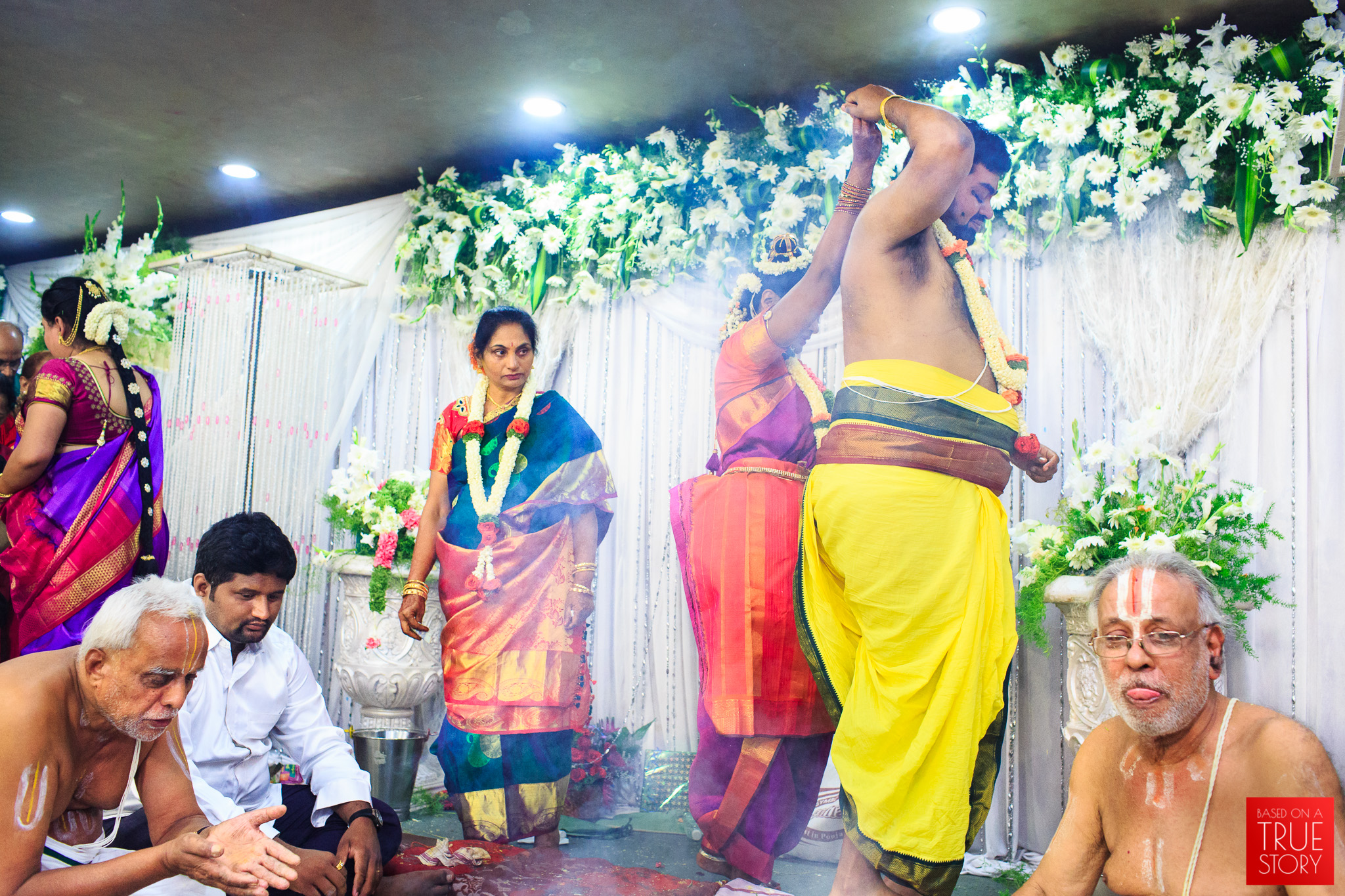 Tambrahm-Candid-Wedding-Photographers-Bangalore-0087.jpg