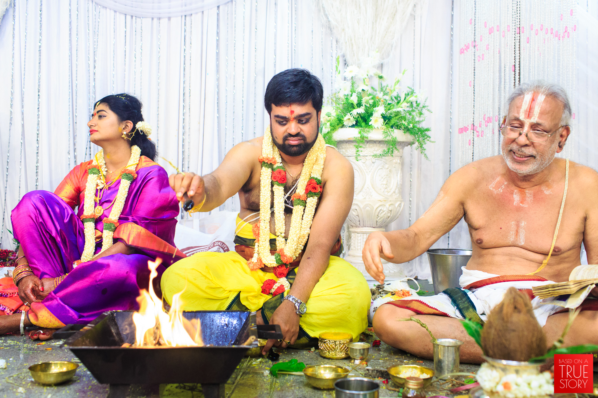 Tambrahm-Candid-Wedding-Photographers-Bangalore-0093.jpg