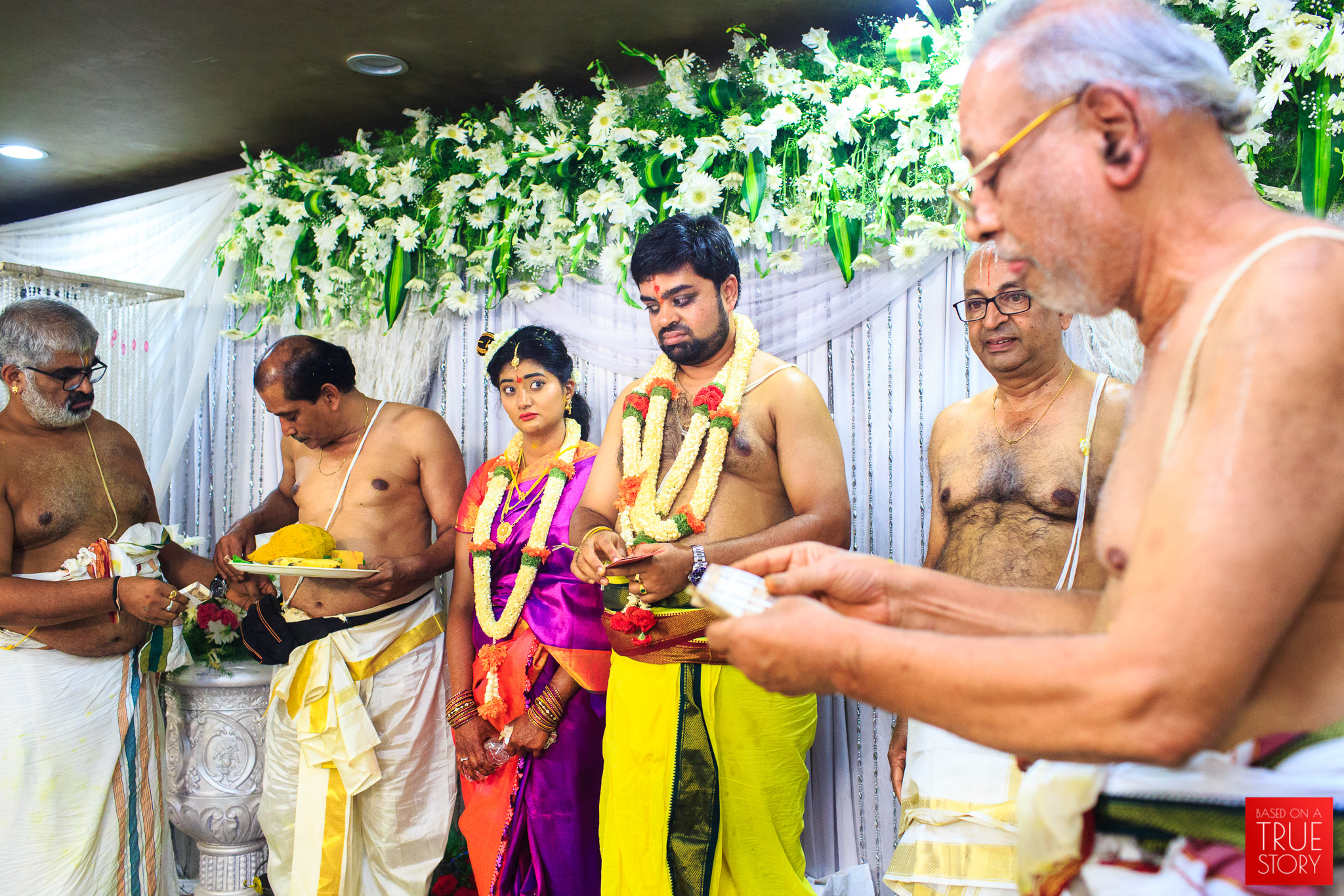Tambrahm-Candid-Wedding-Photographers-Bangalore-0099.jpg
