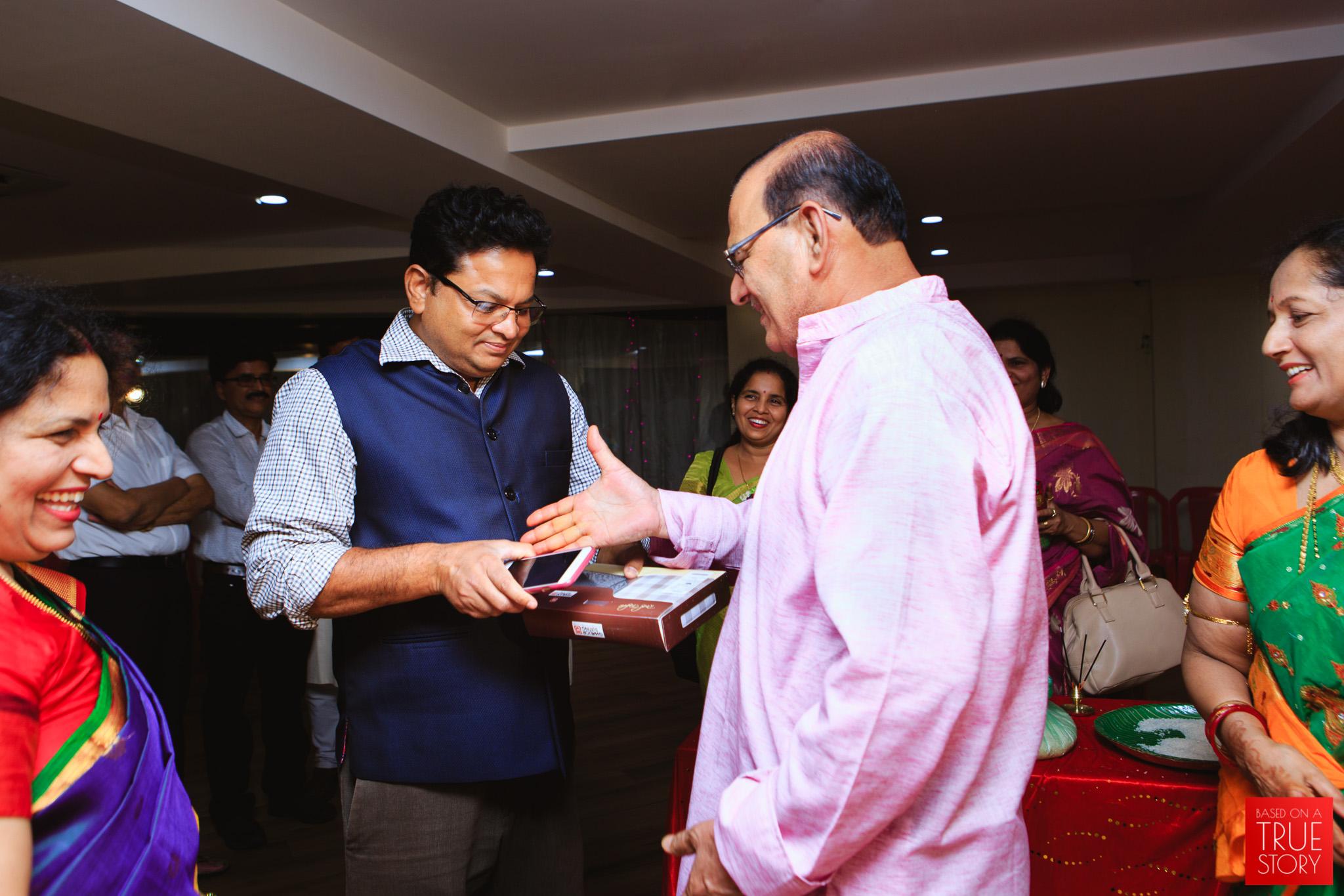 candid-wedding-photography-bhubaneswar-0042.jpg
