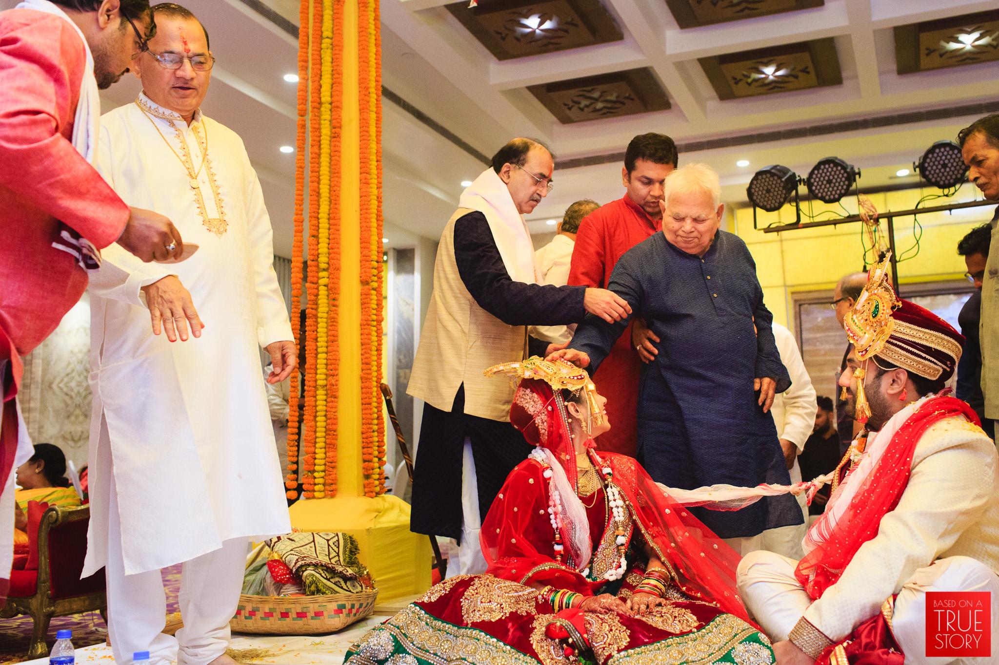 candid-wedding-photography-bhubaneswar-0110.jpg