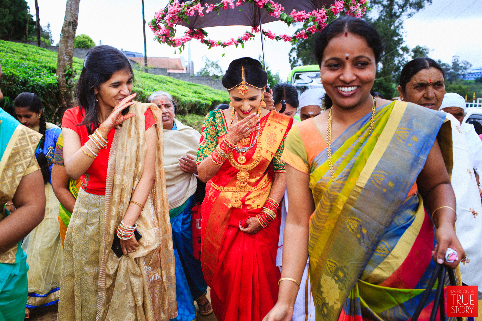 candid-photography-badaga-wedding-ooty-0030.jpg
