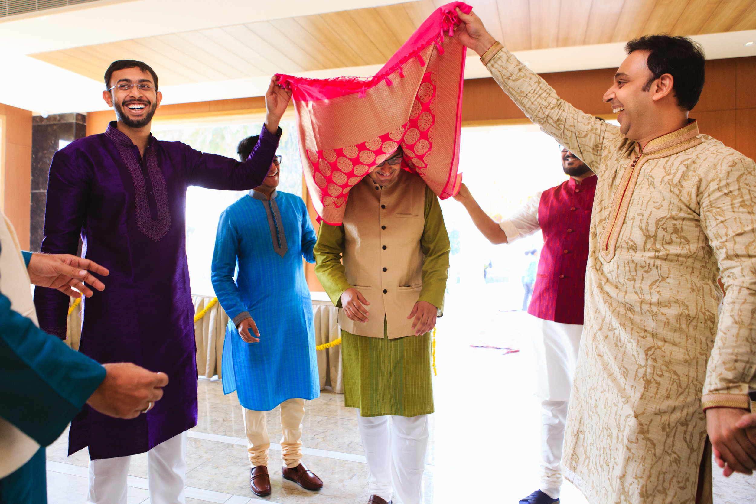 candid-wedding-photographers-lucknow-0024.jpg