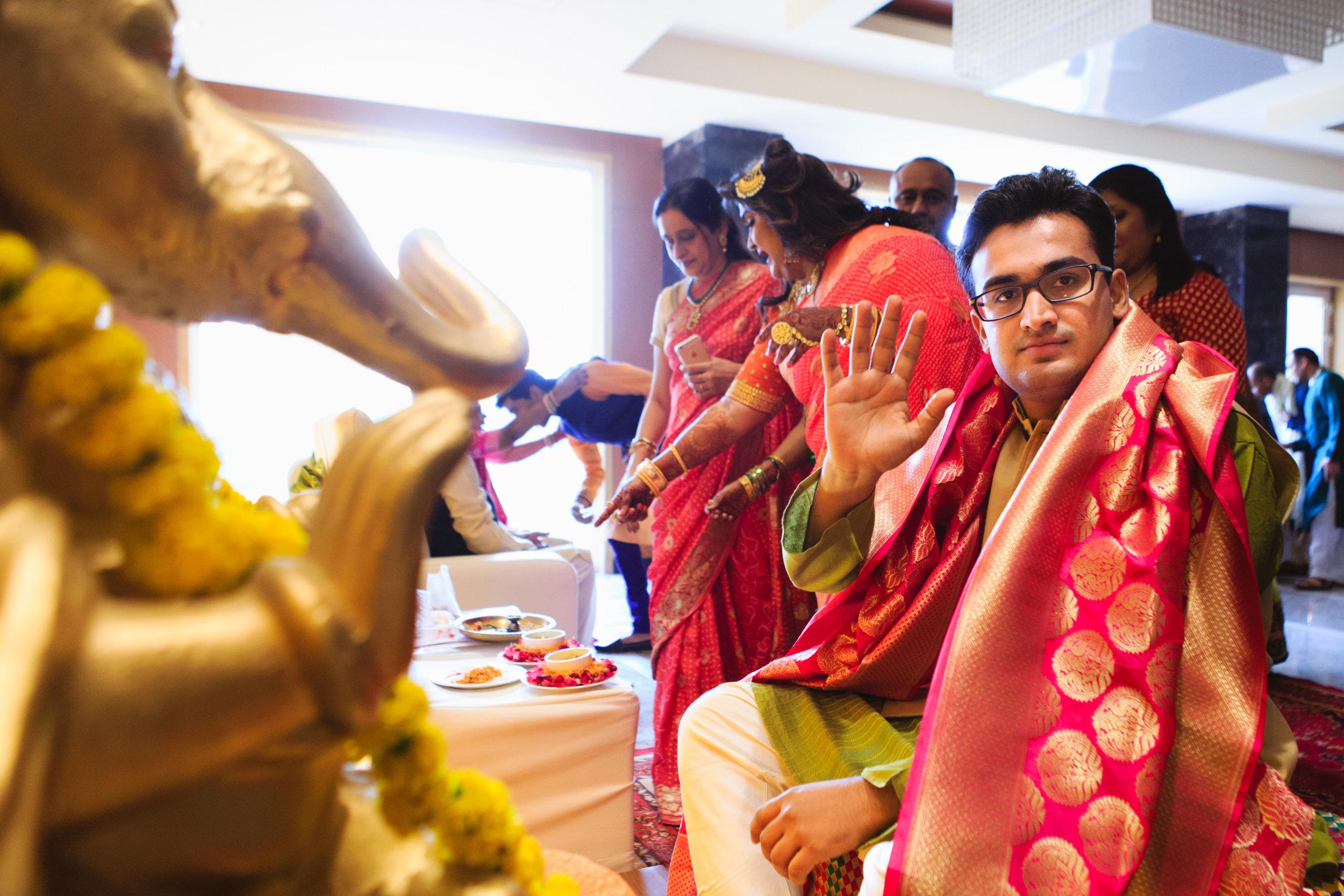 candid-wedding-photographers-lucknow-0025.jpg