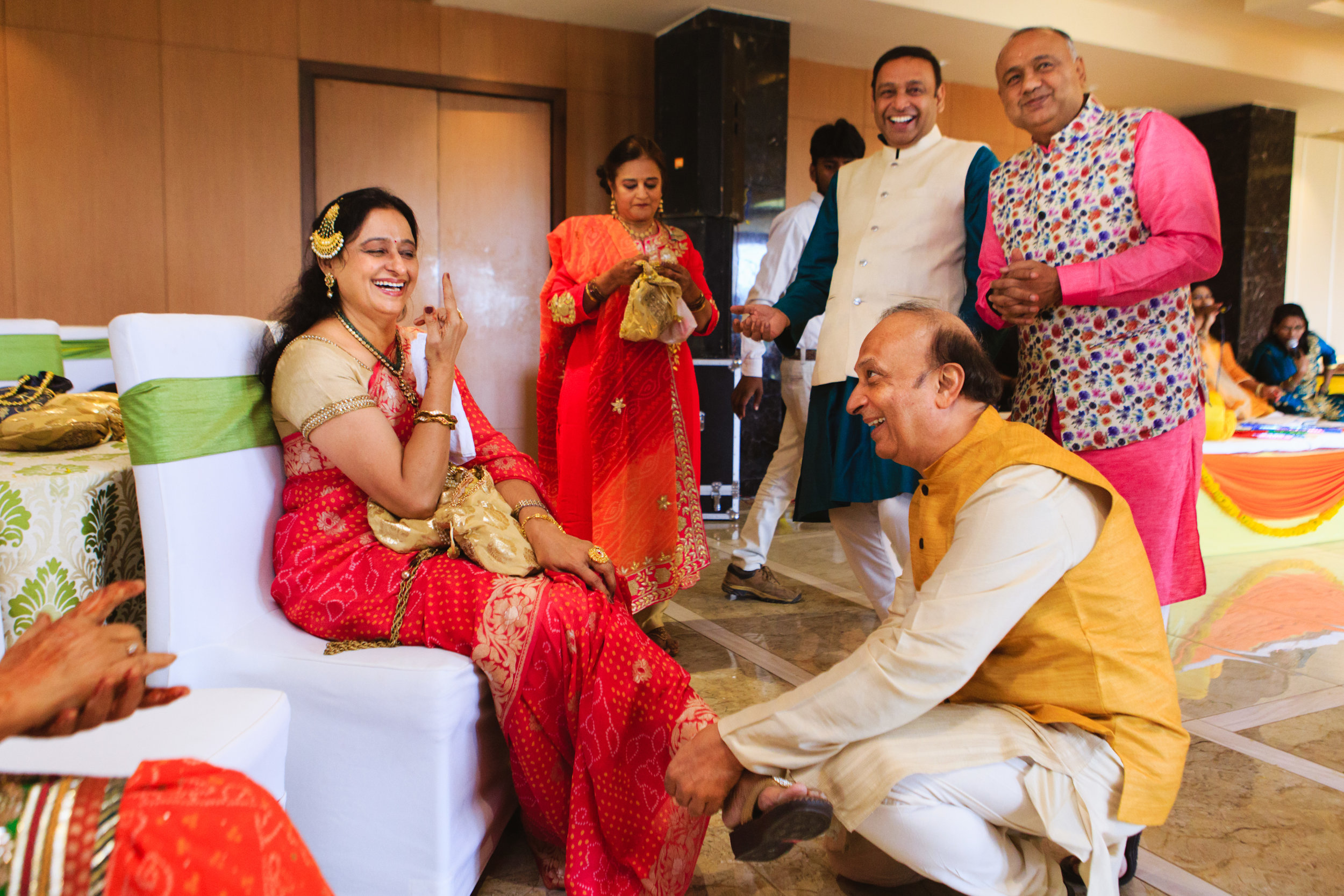 candid-wedding-photographers-lucknow-0032.jpg