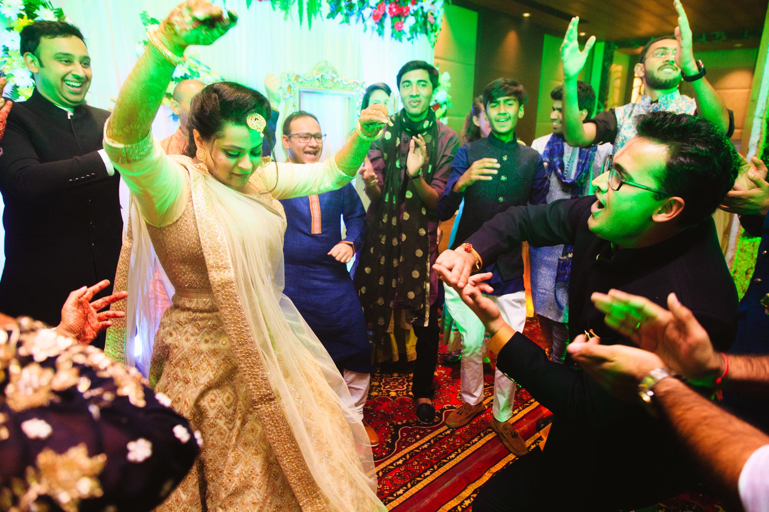 candid-wedding-photographers-lucknow-0042.jpg