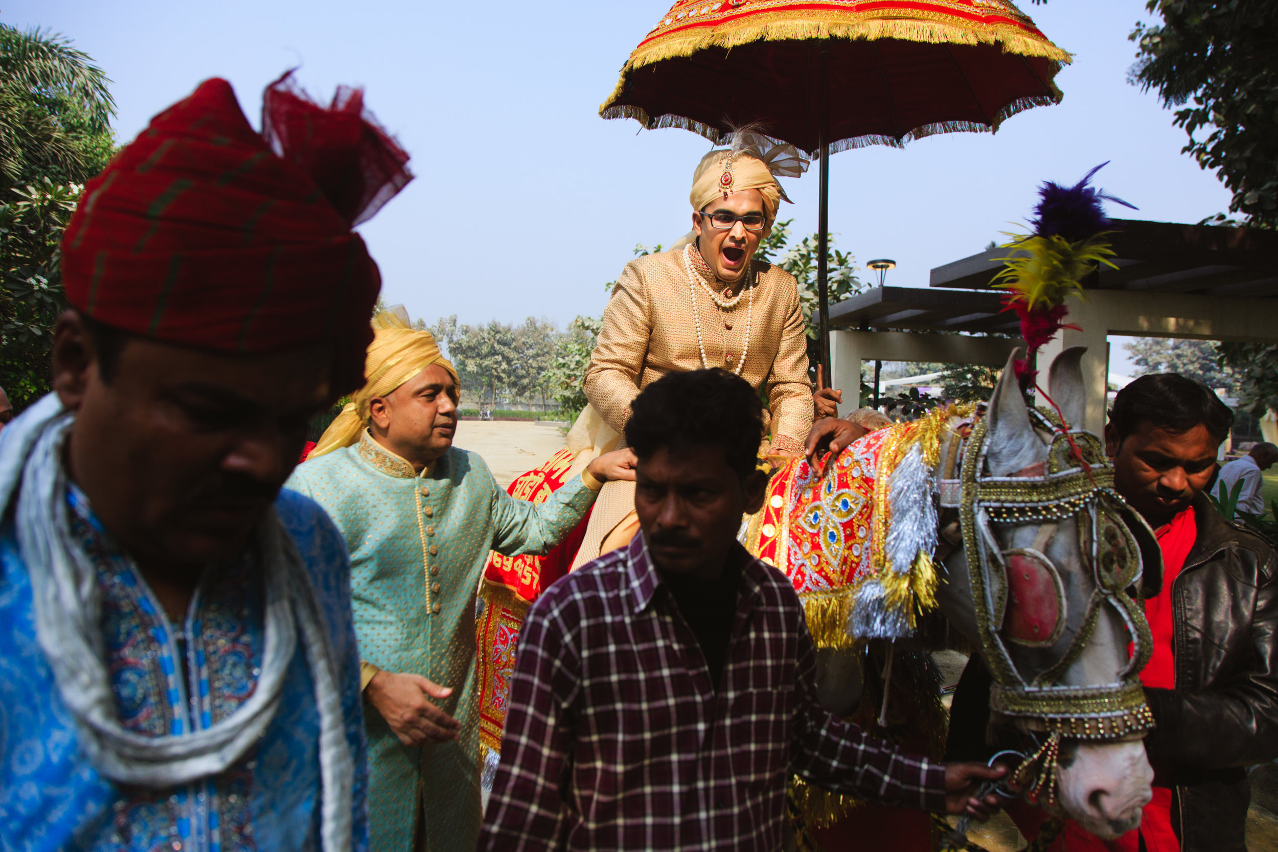 candid-wedding-photographers-lucknow-0050.jpg