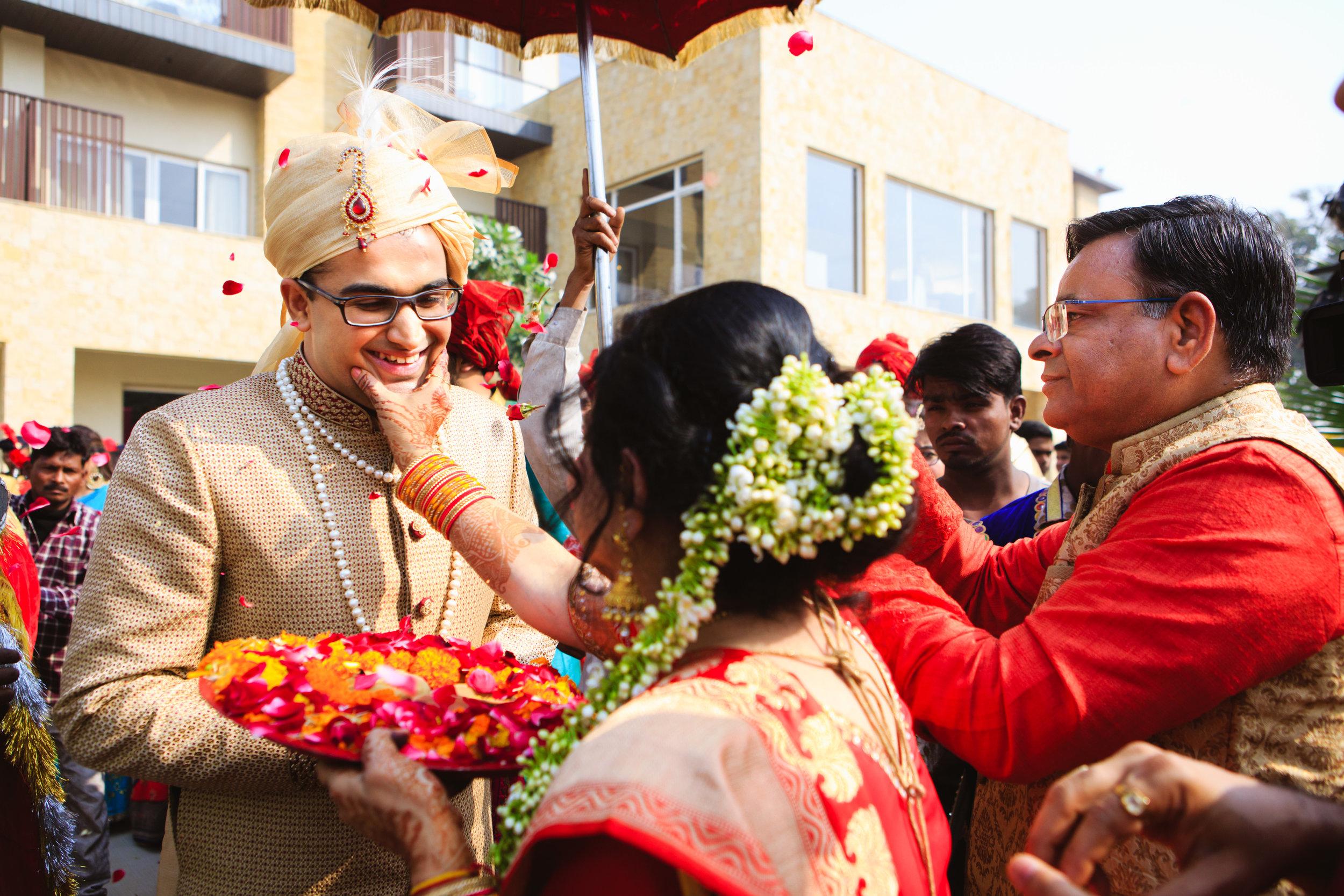 candid-wedding-photographers-lucknow-0055.jpg
