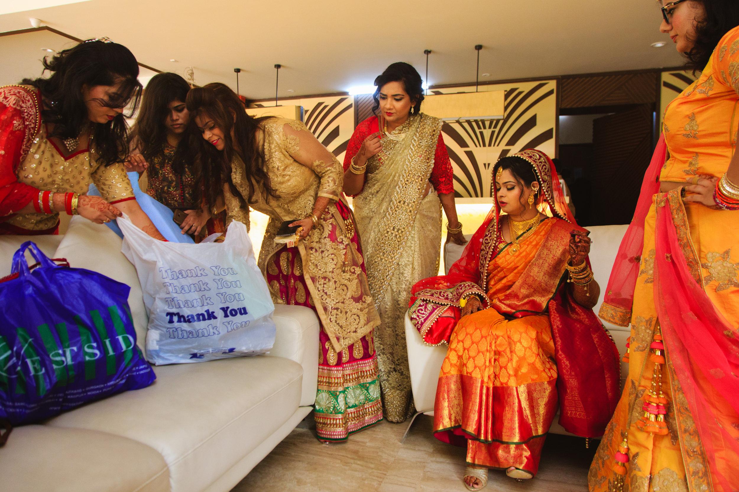 candid-wedding-photographers-lucknow-0057.jpg