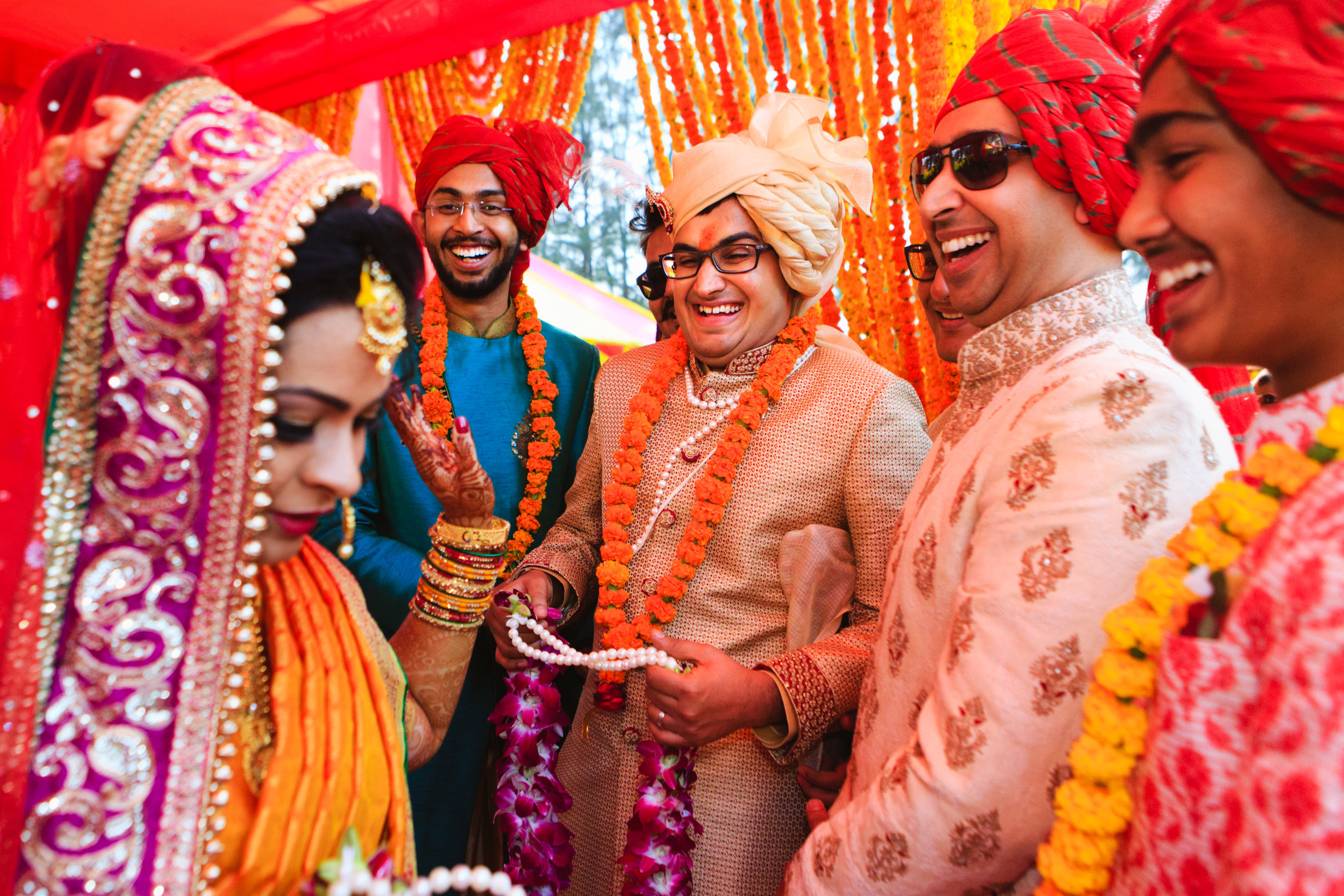 candid-wedding-photographers-lucknow-0059.jpg