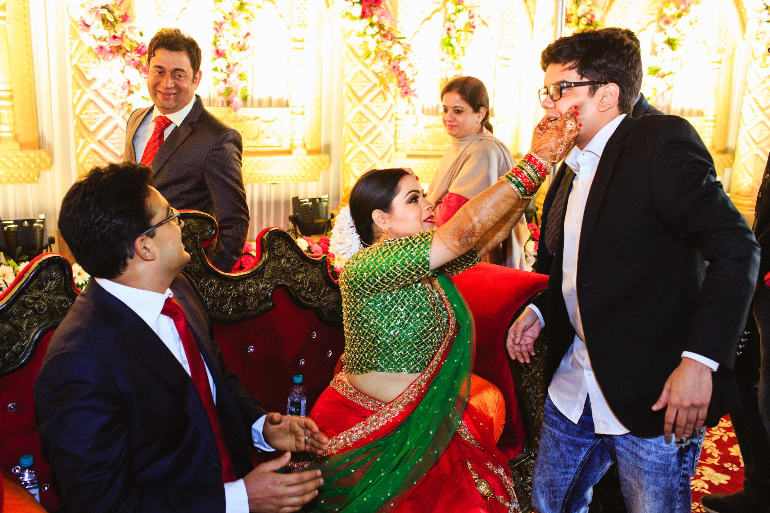 candid-wedding-photographers-lucknow-0066.jpg