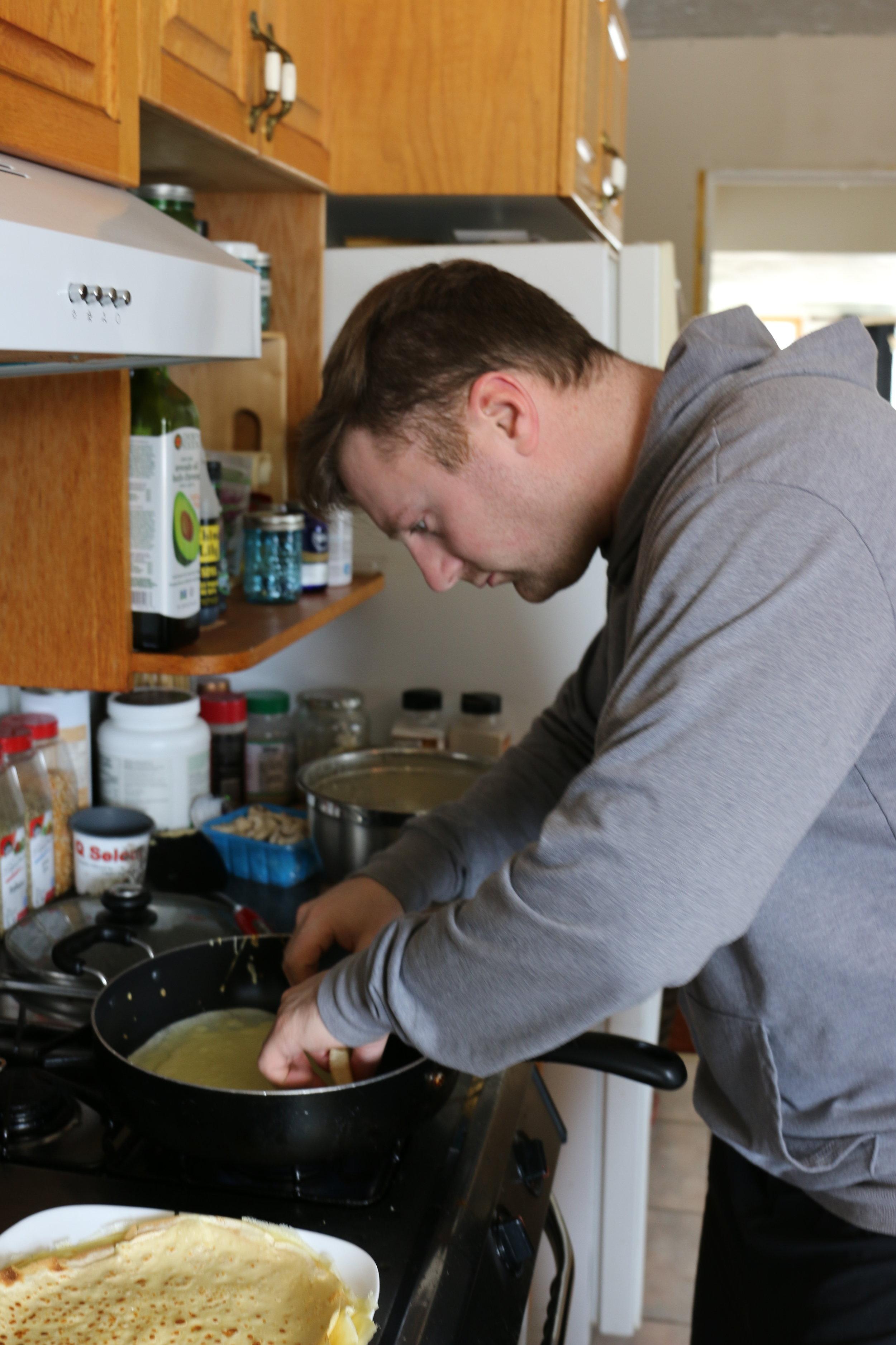 Luke is a master crêpe maker!
