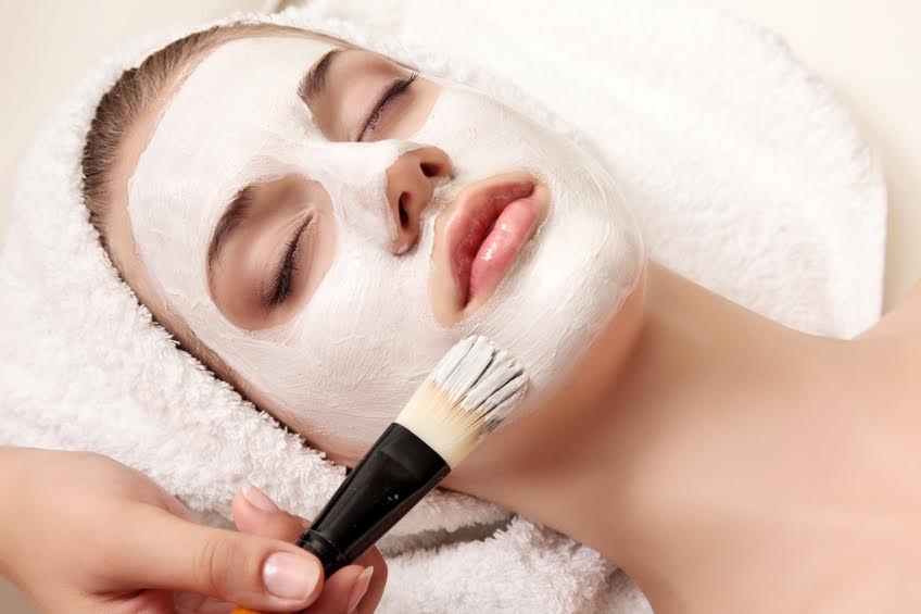 women's skin care - We offer a range of services specifically developed for the unique qualities of women's skin.