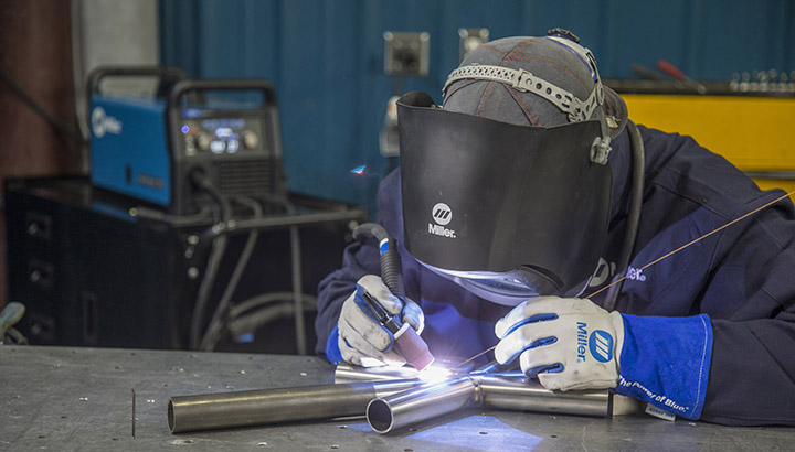 8 weeks, 3 hours/week  using mild steel (aluminium, stainless steel etc.)   MIG welding is a pre-requisite, certification or proof of experience  cost: $675