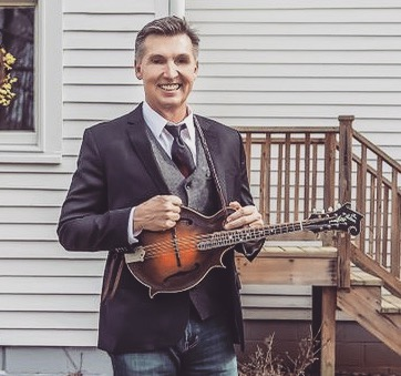 So proud of our good friend Alan Bibey.  He was named Mandolin Player of the Year by IBMA!  Well-deserved Alan!  #Mandolin #Bluegrass  @loar1923  International Bluegrass Music Association