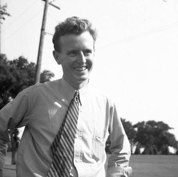 Bob Coll at a Kins Club picnic.