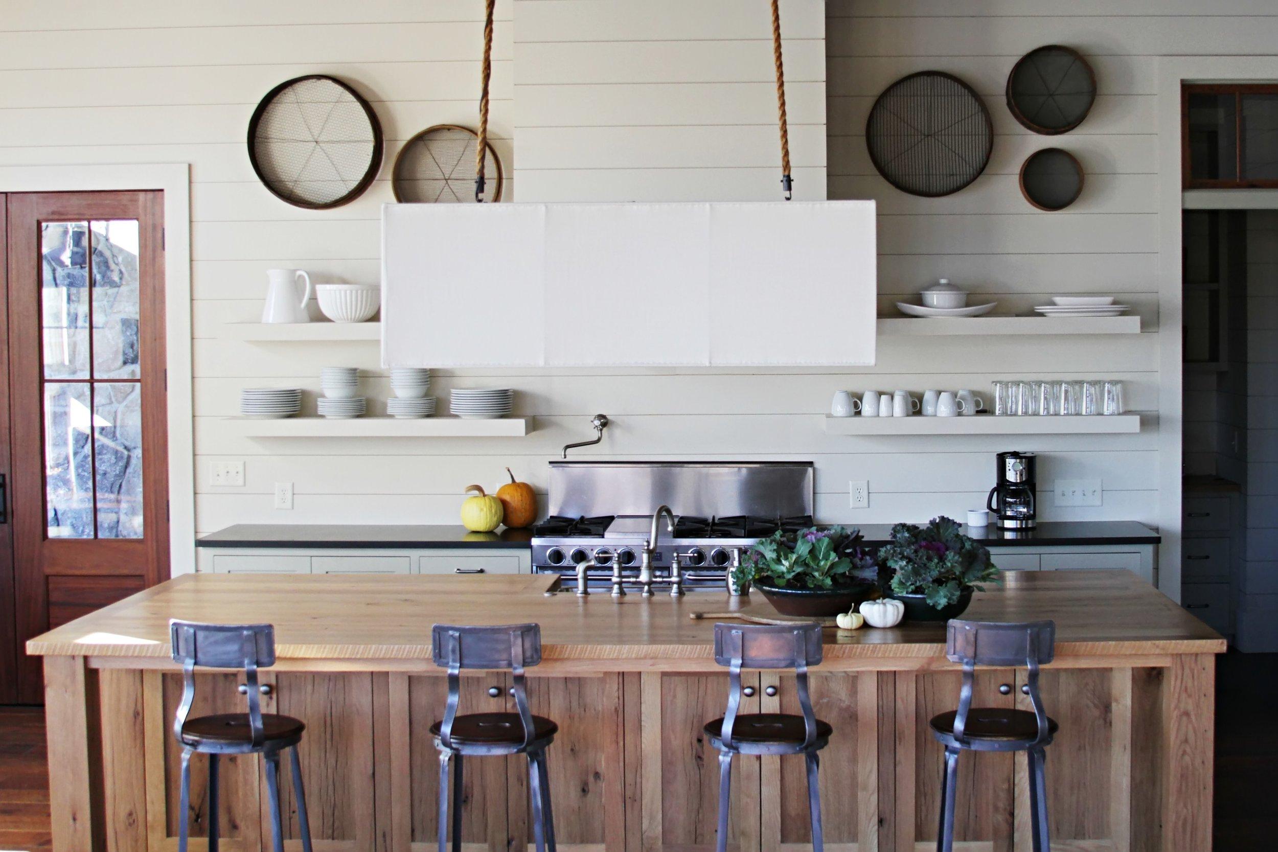 4, Kitchen.jpg
