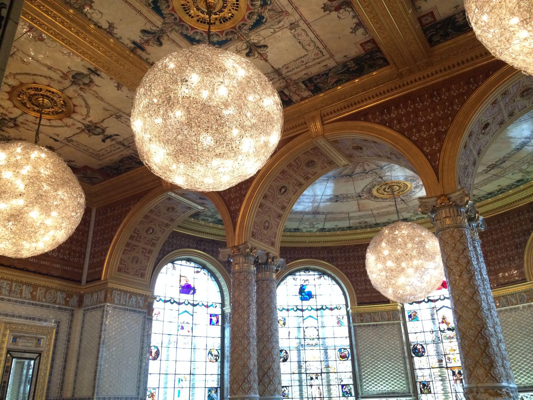 Victoria & Albert Museum.jpg