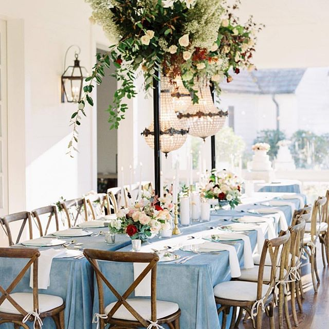 Hanging chandeliers over a head table are reception goals 😍✨ #edelweissdesignhouse #afewofourfavoritethings . Bride | @mrs.e.hodges  Photographer | @_photosbyheart  Florals + Design | @edelweissdesignhouse  Videographer | @lmetzgr  Wedding Gown | @carriage_house  Bride's Earrings | @jenniferbehr exclusive  @carriage_house  Venue | @hamiltonplacepursellfarms @pursellfarms  Rentals | @chelseaantiques1 @prophousebirmingham @preevents  Linens | @idolinens  Calligraphy | @gracefullymadeart . . . #EDHfloral #EDHweddings #florist #weddingphotography #weddings #vsco #thatsdarling #engaged #bride #marthastewartweddings #southernbride #southernweddings #alabamaweddings #destinationwedding #theknot #thehappynow #pursuepretty #travel #oncewed #flashesofdelight #beautifulmatters #liveunscripted #florals #bridal #flowers #weddingdecor #wedding #soundofmusic