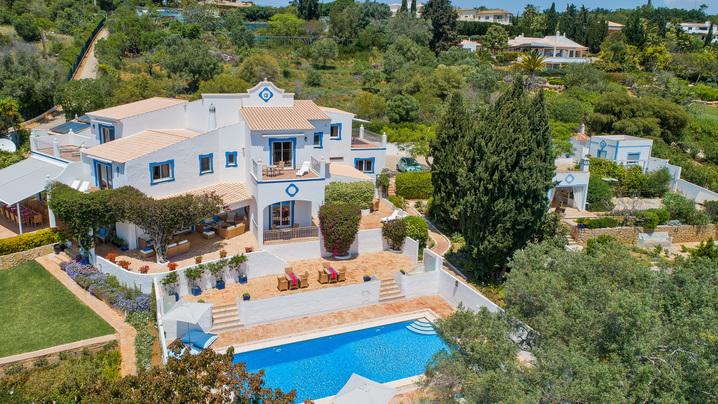 HOUSE PORTUGAL HIGH VIEW.jpg