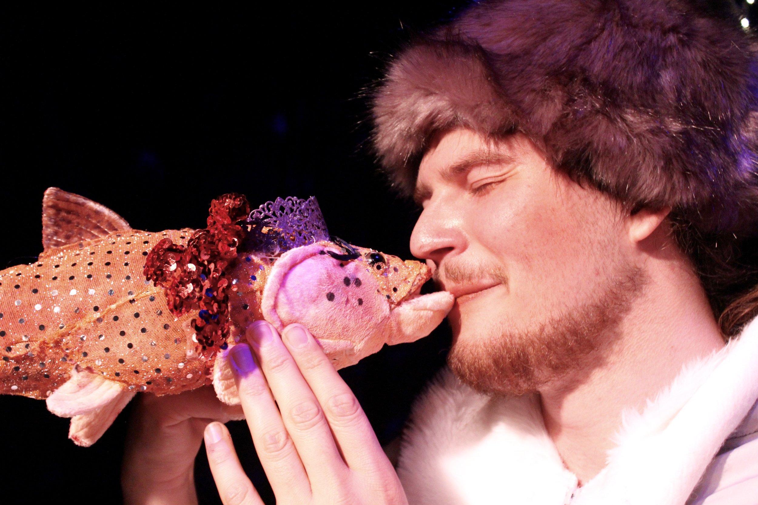 Luca Grieman  with  Whoopie Goldfish  as Ensemble