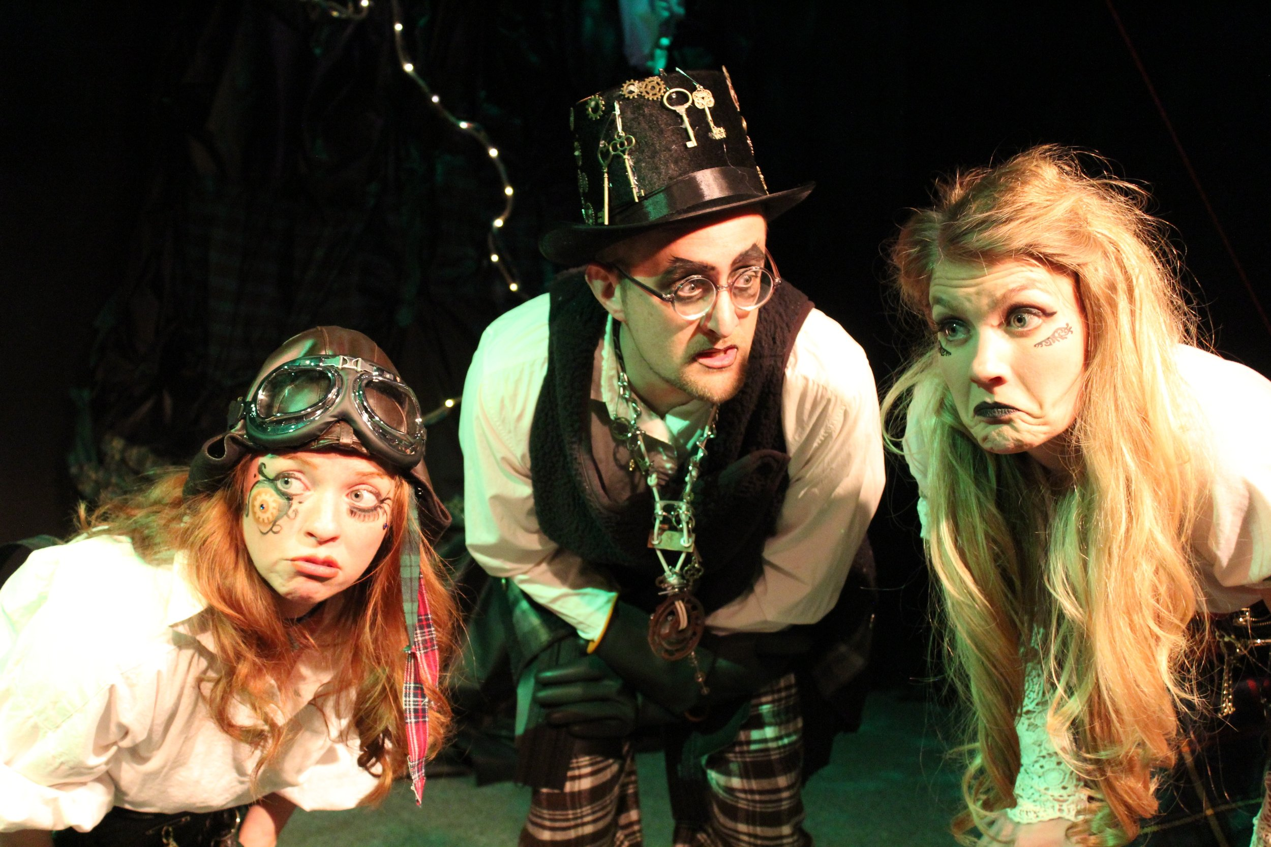 Karin Carr  as The Lass, Ryan Barnett as The Mischanter, and  Katie Medved as The Older Sis