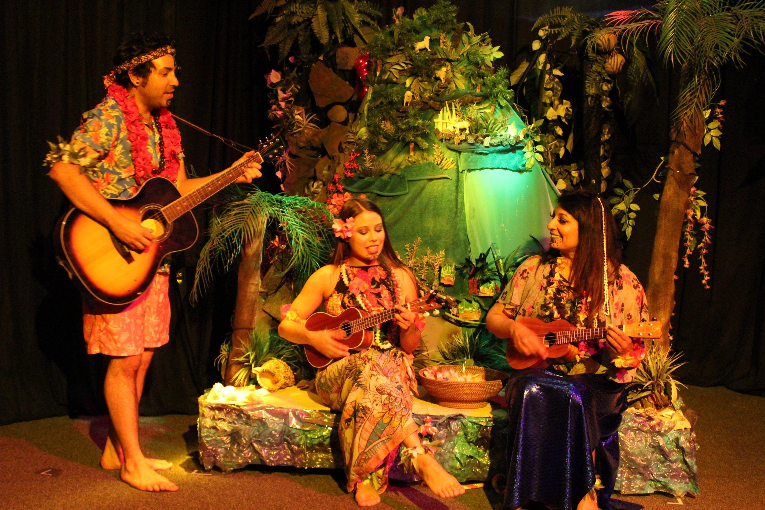 Aloha: Postcards from Polynesia Photo by Patti Murtha
