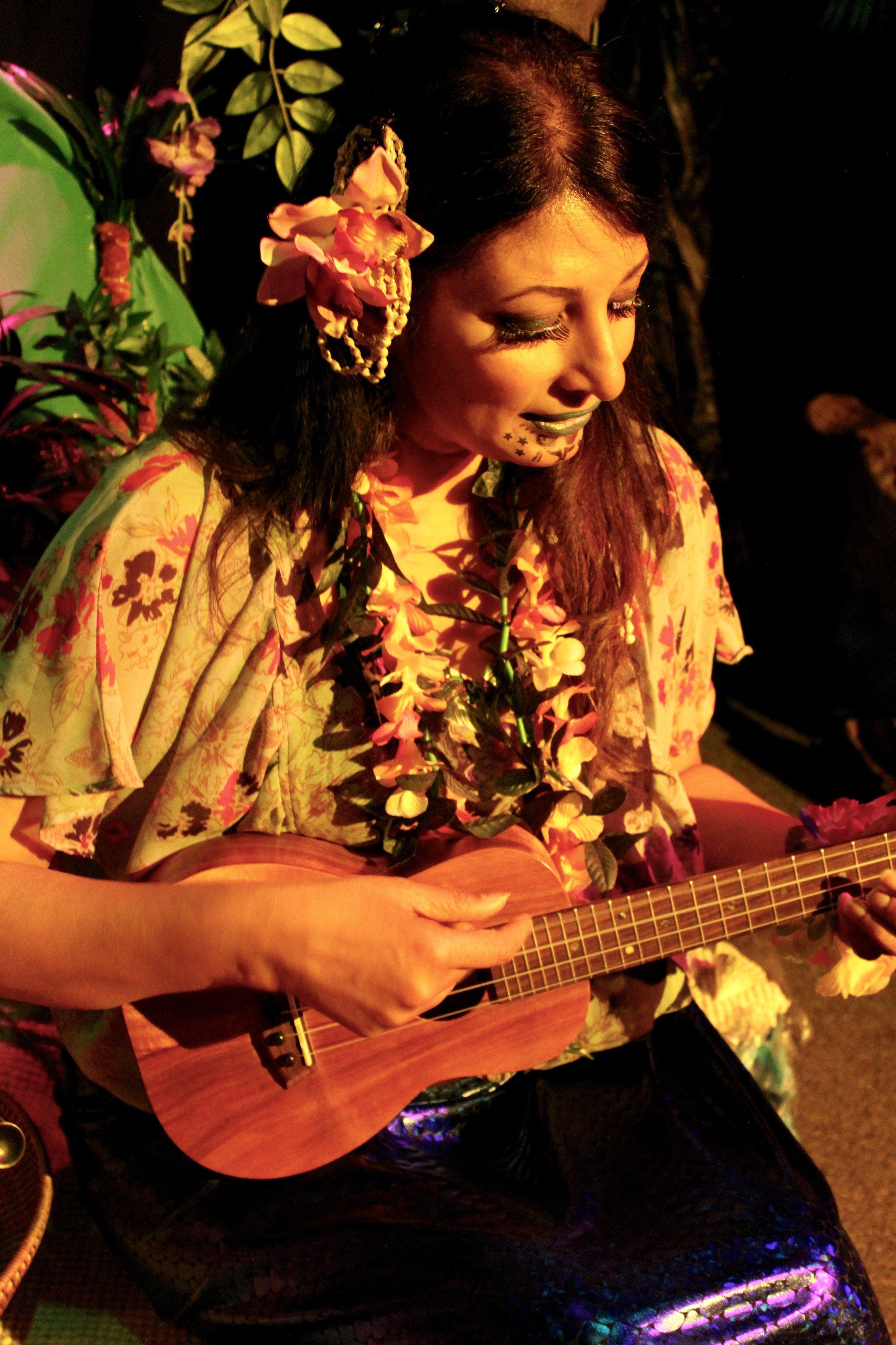 Rekha Ohal  in  Aloha: Postcards from Polynesia