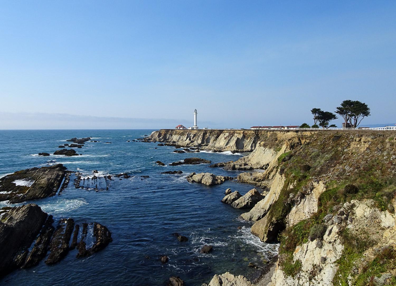 PointArenaLighthouse_California.jpg