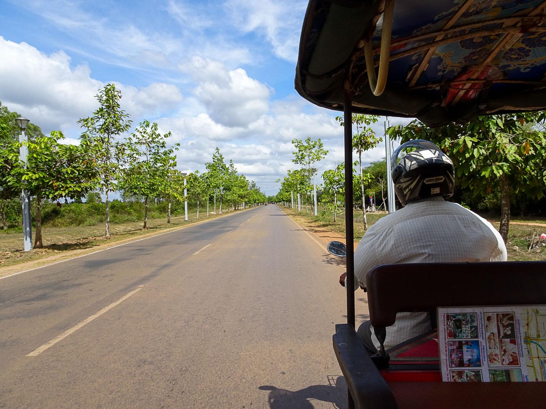 AngkorWat_TukTukTour.jpg